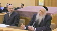 Both Rabbi Dr. Abraham J. Twerski and Rabbi Jonathan Rietti address questions from their audience, based on their lectures on finding true happiness. .