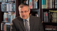 "In this second segment of the Jewish medical ethics series, Rabbi Edward Reichman, M.D. speaks about recent developments in the field of medical transplantation discussing some of the halachic concerns involving proceduresthat improve lives but are not life-saving.  How should a donor balance his level of risk with his responsibility to ""not stand idly by?""."