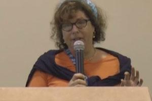 Elaine Kahn