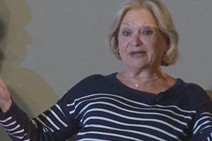 Mrs. Myrna Zisman