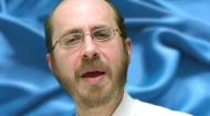 Bienvenidos a la temporada JabadTube 3, con el Rabino Yosef Slavin de Jabad en Caracas, Venezuela! En este episodio, el rabino Slavin, arroja luz sobre los mensajes ocultos de Parashat Behar - Bejukotai.