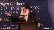 "While many people can share their personal experience with the Rebbe, few were privy to a full understanding of the Rebbe's utter devotion to mankind as a whole. In this enlightening talk, Rabbi Leibel Groner, one of the Rebbe's secretaries, allows us a glimpse of ""A Life in the Day of the Rebbe"