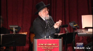 The messenger is a reflection of the one who sent him. Chief Rabbi Yisrael Meir Lau reminisces about his meetings with the Lubavitcher Rebbe, each time lasting exactly 2 hours and 20 minutes. The Rebbe expressed great caring for Rabbi Lau, both on physical and spiritual levels, even informing him of his future position as Chief Rabbi of Israel.