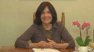 How can you ensure peace in your relationship? Is it possible to have unconditional love?  As part of her series on emotional intelligence, Mrs. Frumma Gottlieb discusses peace as the foundation of a Torah life. She describes methods of choosing decisions that will generate peace in a relationship, without giving up on personal values