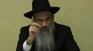 In this segment Rabbi Berel Bell, Dayan in Montreal, Canada, shares the directives of the Lubavitcher Rebbe regarding the objects one should keep in their car.  Rabbi Bell shares the story of an individual who got in a car accident and the instruction he received from the Lubavitcher Rebbe in response to his letter.