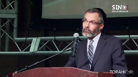 A one person revelation narrative creates a credibility trap door.  Rabbi Lawrence Kelemen lays out the 3 possibilities of how the narrative could proceed. His fascinating presentation leaves no doubt of the validity of Jewish history.